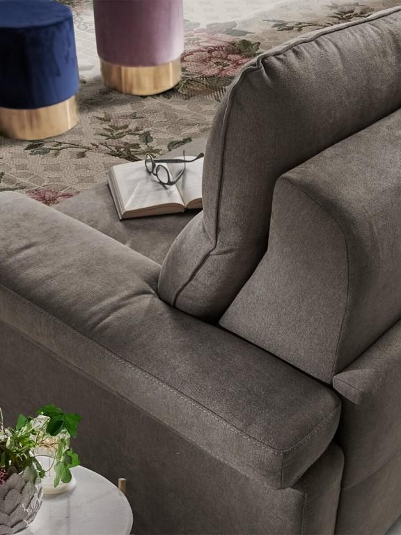 Vendita divani-letto modello DIVANO LETTO GARDA aperta